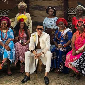 See Photos Of Tekno Surrounded By Several Women