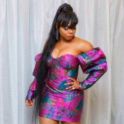 'Complete Package, Brains & Beauty': Yemi Alade Wows In Cleavage-Baring, Skimpy Dress