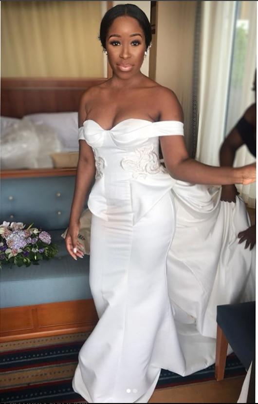 This bride looked stunning in an Andrea Iyamah creation. (@muapaloma)