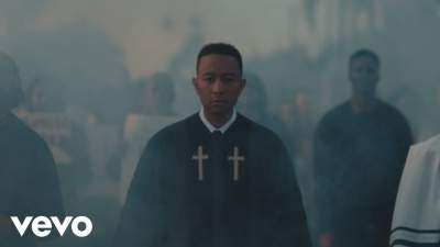 Video: John Legend - Preach