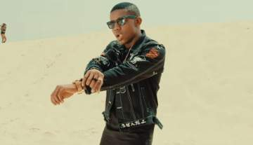 Video: Small Doctor - This Year