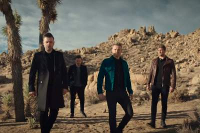Video: Westlife - Hello My Love