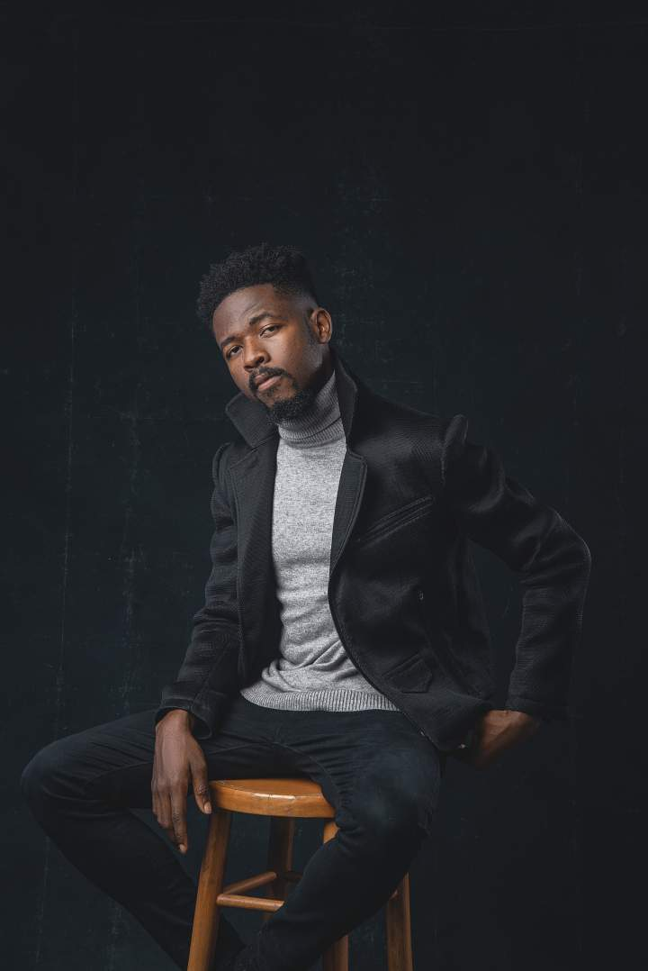 Johnny Drille 4