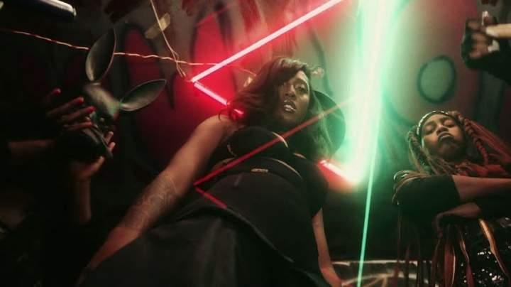 Tiwa Savage - Ole (feat. Naira Marley)
